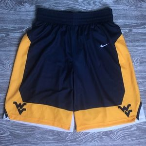 (NWT) Men's L NIKE WVU Exclusive Basketball Shorts